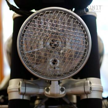 grille frontale de protection des phares